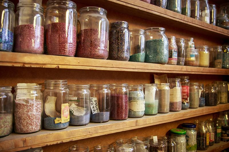 Penna - barevné sklářské drtě pro výrobu speciálních kamenů - Preciosa